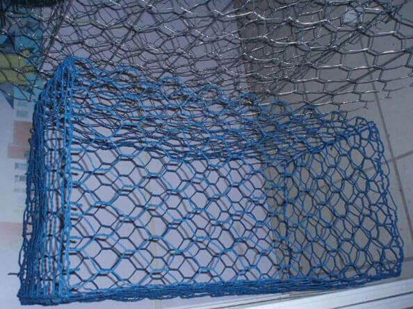 包塑石笼格宾网,石笼格宾网价格