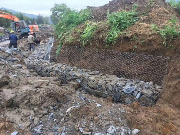 铅丝石笼网施工